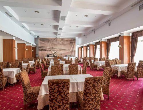 Interior, restaurant Mediterraneo