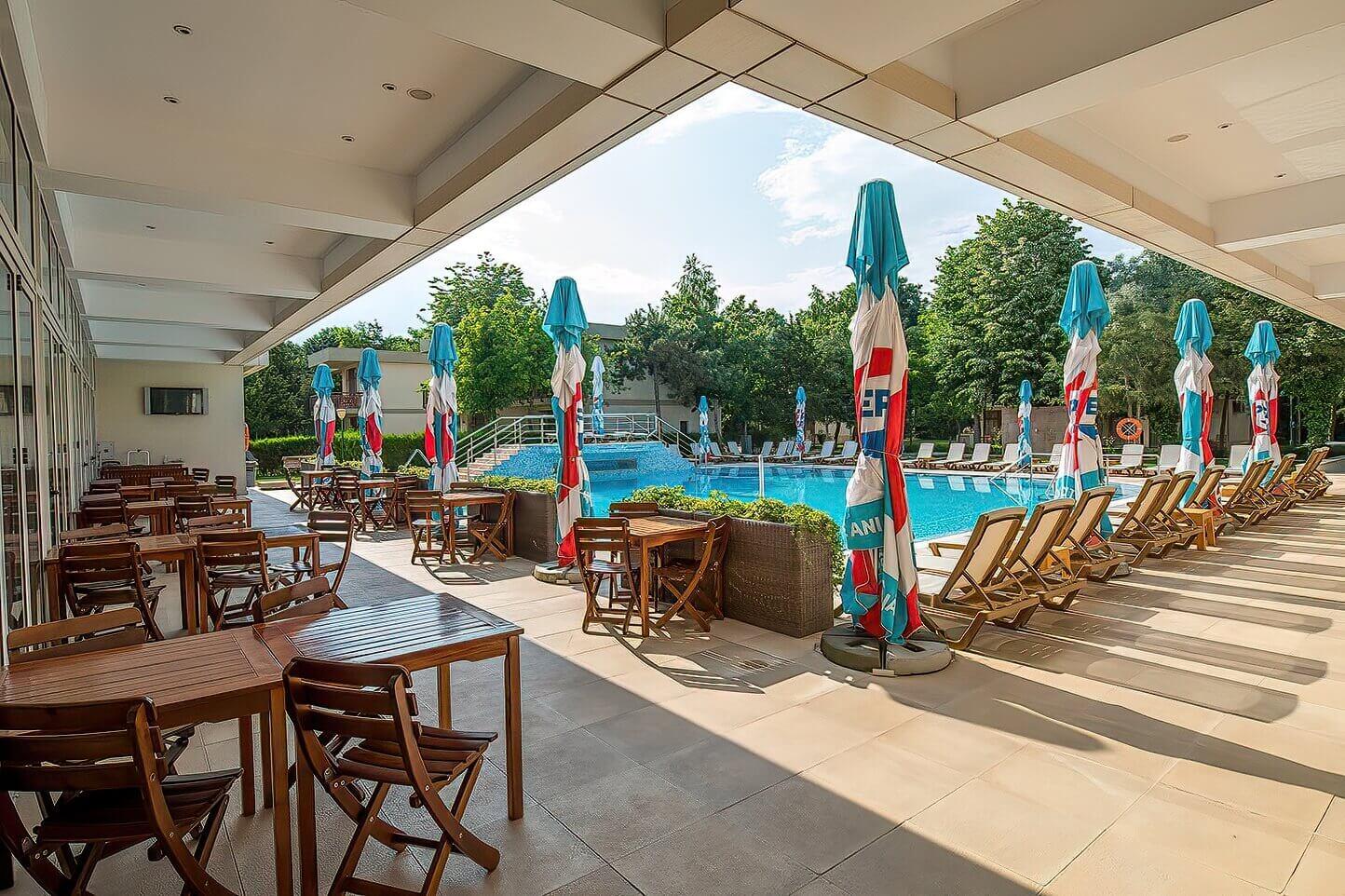 Terasa restaurant, Mediterraneo